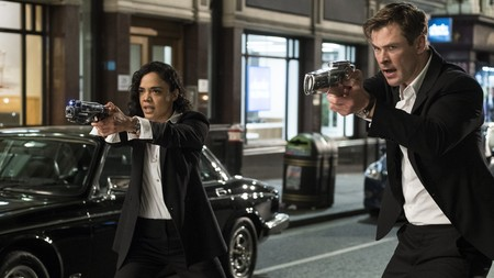 Men In Black International Tessa Thompson Chris Hemsworth Y5139
