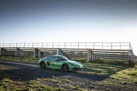 Porsche 718 Cayman GTS 2020 37