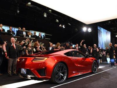 El Acura NSX número 1 se vendió por 1,2 millones de dólares