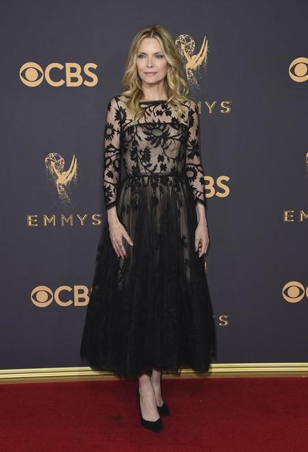 Michelle Pfeiffer Emmy 2017