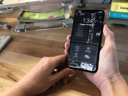 Así puedes convertir tu iPhone X en transparente con la ayuda de estos wallpapers de iFixit