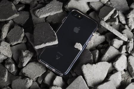 No proteger tu smartphone de 1.000 euros puede terminar costándote otro tanto