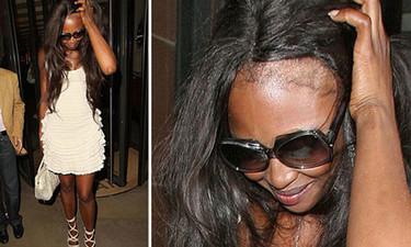 Naomi Campbell, te estás quedando calva