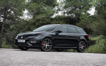 SEAT León ST CUPRA Black Carbon, una edición exclusiva y limitada, aún más deportiva, por 50.700 euros
