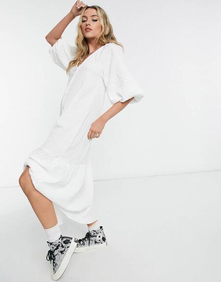 Vestido Camisero Largo Blanco Abotonado De Corte Amplio Y Tejido Texturizado De Asos Design