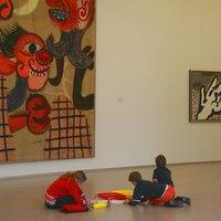 El hogar se puede convertir en el espacio y medio adecuado para desarrollar las competencias básicas: arte y cultura