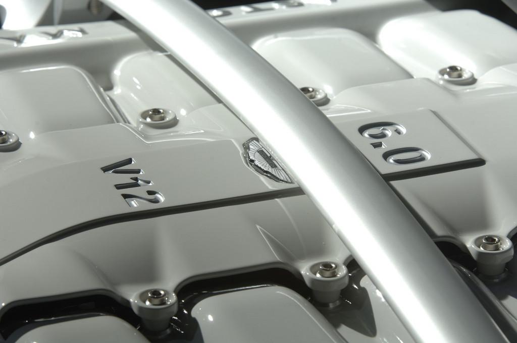 Foto de Aston Martin V12 Vantage RS (29/29)