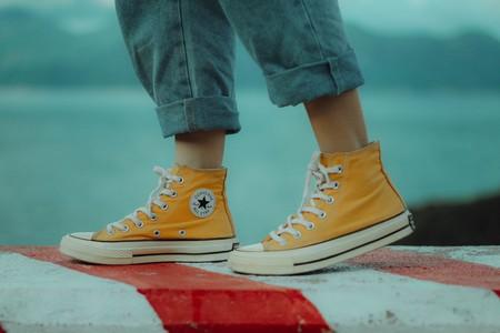Las mejores ofertas de zapatillas de lona en Converse: Chuck Taylor o 70 por menos de 35 euros.