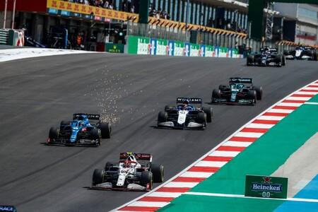Giovinazzi Alonso Portugal F1 2021