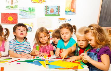 Los padres de niños prematuros reclaman poder escolarizar a sus hijos atendiendo a su edad corregida, y no cronológica