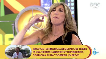 Paz Padilla, desgarrada de dolor, estalla en pleno 'Sálvame' contra la revista que publicó una foto de la lápida de su marido