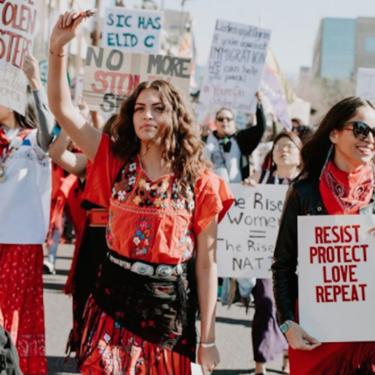 """Las 23 mejores pancartas que hemos visto en la Women´s March 2018: una nueva ola de """"girl power"""" toma las calles de Estados Unidos"""
