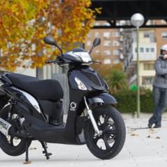 Foto 37 de 53 de la galería mx-motor-c5-125-primer-scooter-de-rueda-alta-de-la-marca-espanola en Motorpasion Moto