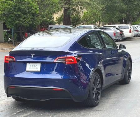 El Tesla Model Y es cazado rodando 'en libertad' por primera vez
