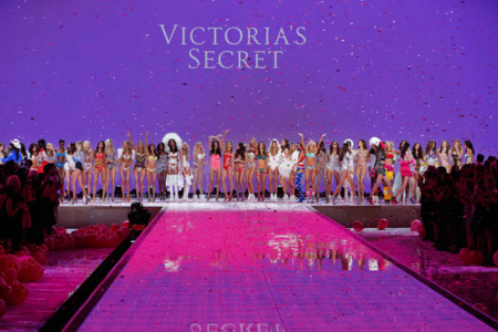 Fashion Show Runway 2015 Finale Victorias Secret Hi Res
