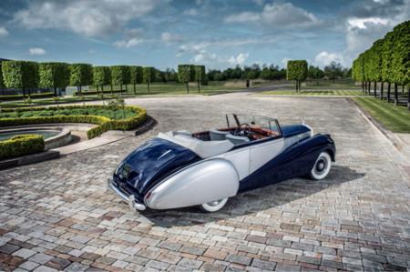 1952 Rolls Royce Silver Dawn Low 03