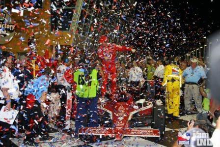 Scott Dixon se lleva la primera victoria de la IndyCar reunificada