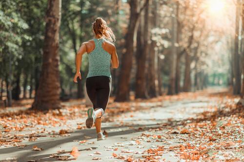 Cinco hábitos a que puedes incluir en tu vida para empezar a correr y no dejarlo nunca