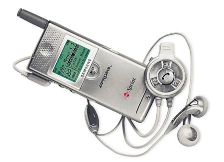 Samsung M100. Teléfonos con Historia VII