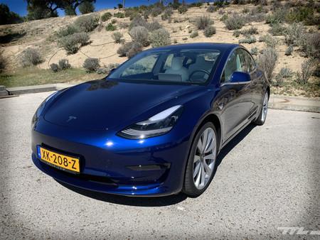 Tesla Model 3 Prueba delantera