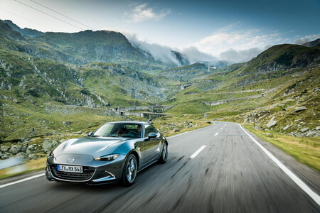 Confirmado: la próxima generación del Mazda MX-5 será electrificada