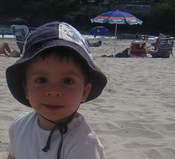 Siete sencillas medidas para proteger a los niños del sol