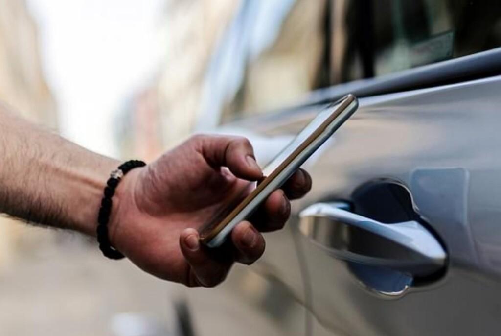 Abrir el coche con tu Samsung de gama alta será posible: los S21 empiezan a activar la función