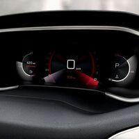 De i-Cockpit y retrovisores digitales, nada: así están luchando los fabricantes de coches contra la escasez de chips