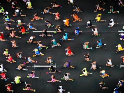 España: los maratonianos más rápidos y el menor porcentaje de mujeres participantes