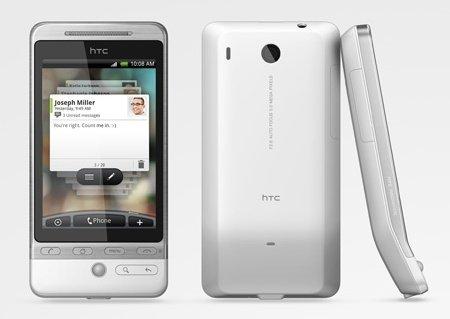 """""""¡HTC, deja de engañarnos!"""", singular protesta por la política de actualizaciones de HTC"""