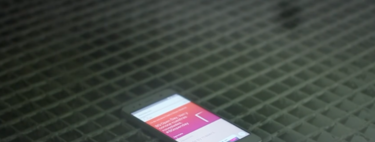¿Qué hacen las marcas españolas de smartphones además de ponerle el logo a un móvil fabricado en China?
