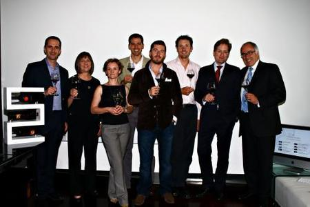Los seis enólogos con Xavier Ybargüengoitia y Rodolphe De Leusse