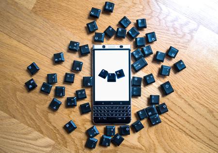 BlackBerry KEYone, análisis: el reto de ser el único móvil con teclado físico QWERTY en la era de las pantallas infinitas