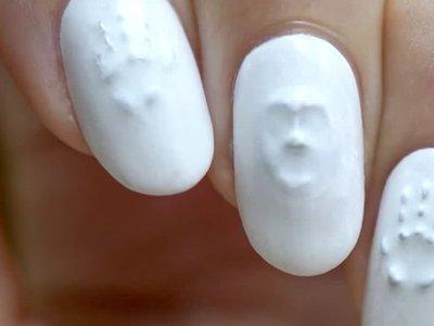 Con la manicuras fantasmagórica en 3D triunfarás este Halloween