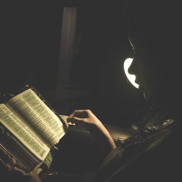 Qué leen (o leían) los grandes escritores de la historia: dejamos que ellos nos recomienden las lecturas de este verano