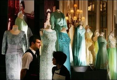 Los vestidos de la Reina Isabel II