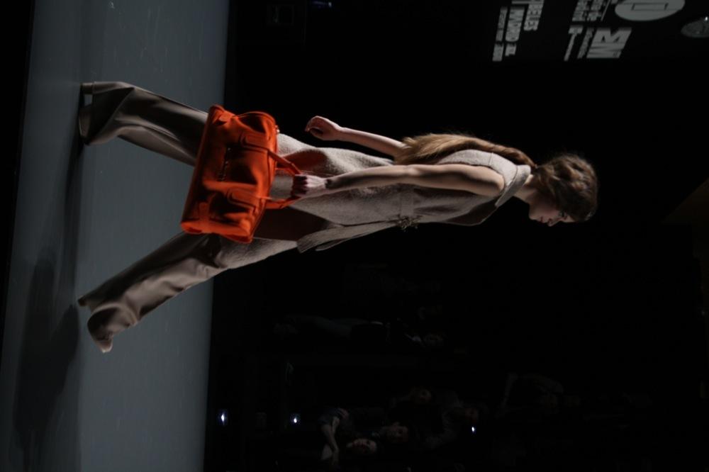 Foto de Adolfo Domínguez en la Cibeles Madrid Fashion Week Otoño-Invierno 2011/2012 (34/106)