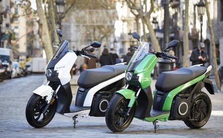 Probamos la Silence S01: un scooter eléctrico que convence con más de 100 km de autonomía, por 6.250 euros