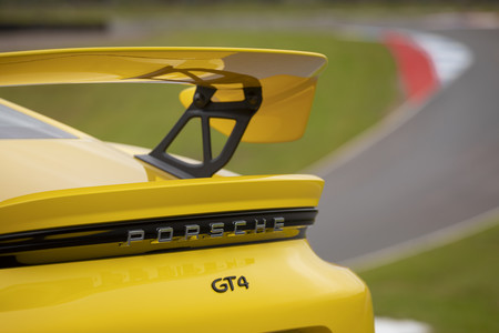 Porsche 718 Cayman GT4 alerón posterior