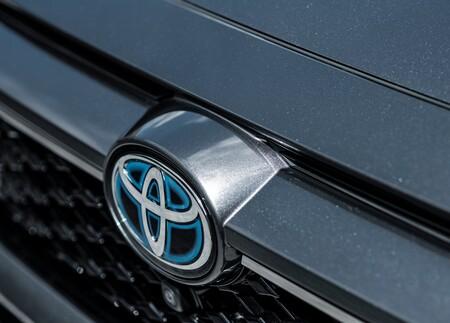 Toyota Rav4 Plug In Hybrid 2021 1280 7f