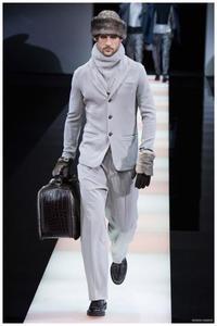 Viril y sensual son las dos mejores palabras que describen lo nuevo de Giorgio Armani