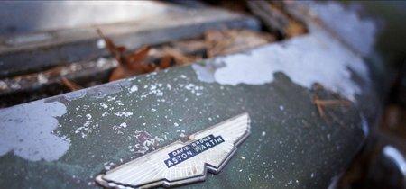 A subasta un Aston Martin DB4 que descansó en un bosque 45 años