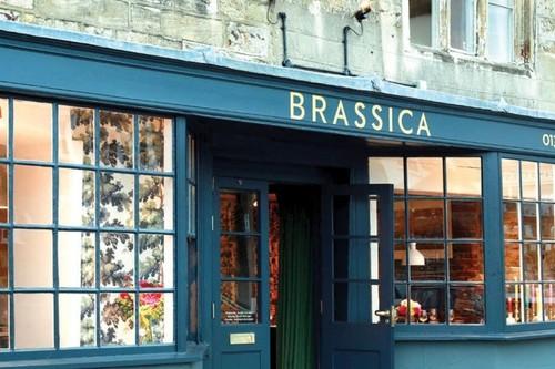 Brassica Mercantile y Brassica Restaurant: negocios hermanos unidos por el cuidado de sus artículos Hygge y su gastronomía cambiante