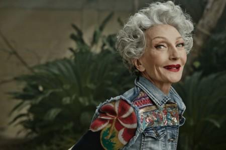 Los 70 años de Alicia Borrás han conquistado a Desigual (y su nueva campaña)