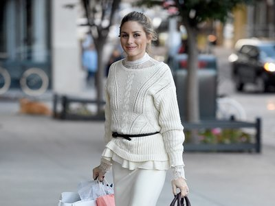 Olivia Palermo se vuelve fan del calzado masculino y hasta eso le sienta bien