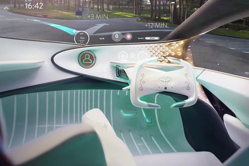 Hay dos tipos de conducción autónoma, y la que ha elegido Toyota siguiendo los aviones mola mucho más