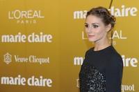 El recogido de Olivia Palermo en los Premios Marie Claire merece mención aparte