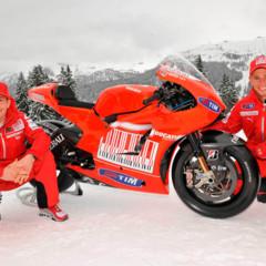 Foto 7 de 13 de la galería ducati-desmosedici-gp-10-presentada-oficialmente en Motorpasion Moto