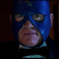 'The Show': la primera película escrita por Alan Moore es un apabullante despliegue de fantasía y humor británico