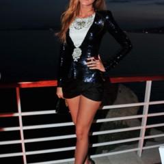 Foto 18 de 23 de la galería las-bellezas-fieles-de-chanel-en-el-front-row-de-la-coleccion-crucero-2012 en Trendencias